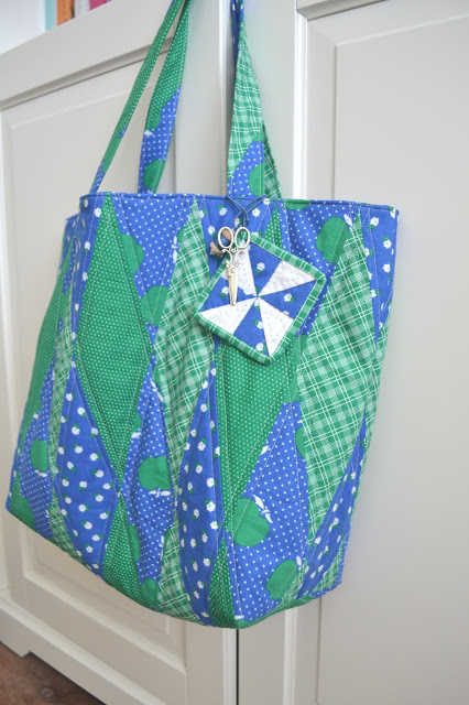 Sunnyside Ave apple fabrics bag tutorial