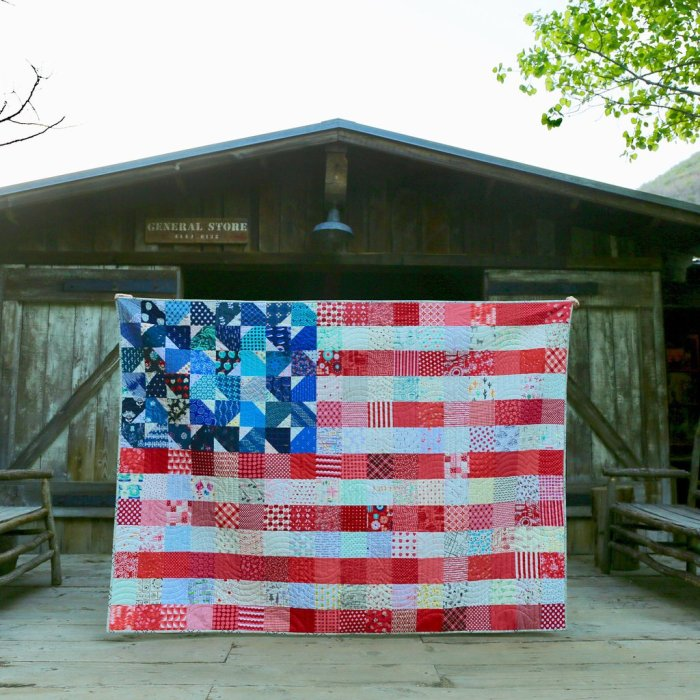 Yankee Doodle US Flag quilt by Maker Valley