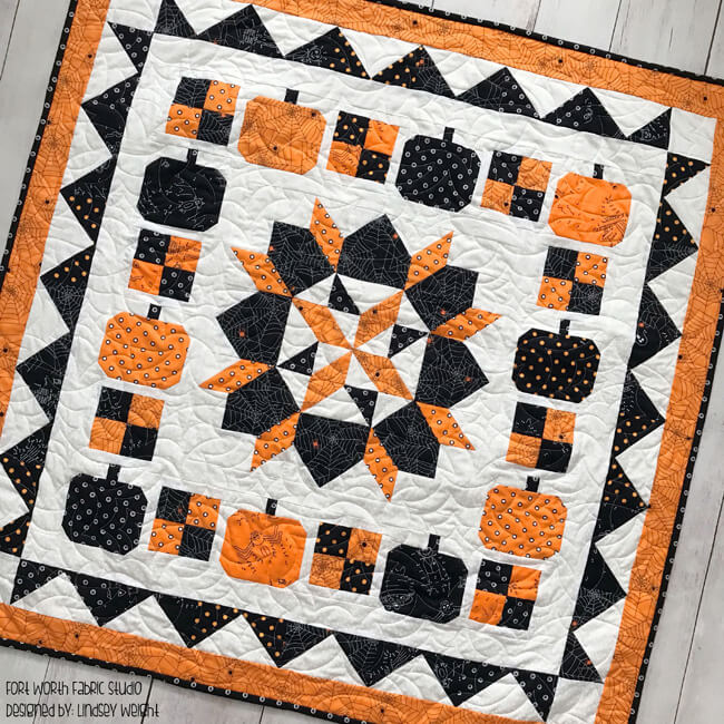 Free Halloween quilt pattern from Fort Worth Fabric Studios