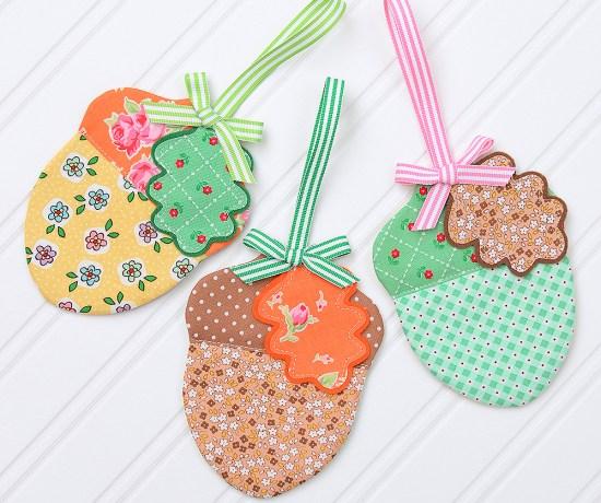 Acorn Fabric ornament tutorial by Nadra of Ellis and Higgs