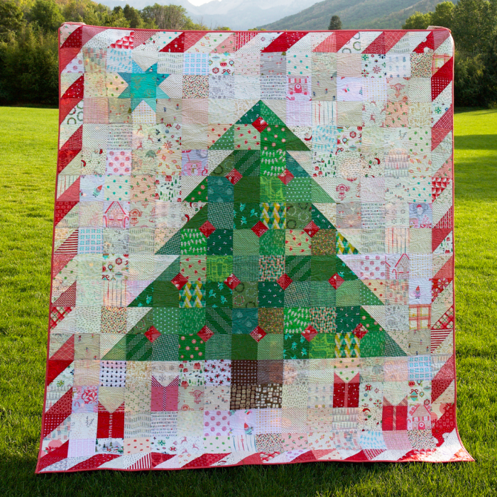 Patchwork Happy Christmas Quilt by Holly Lesue of Maker Valley