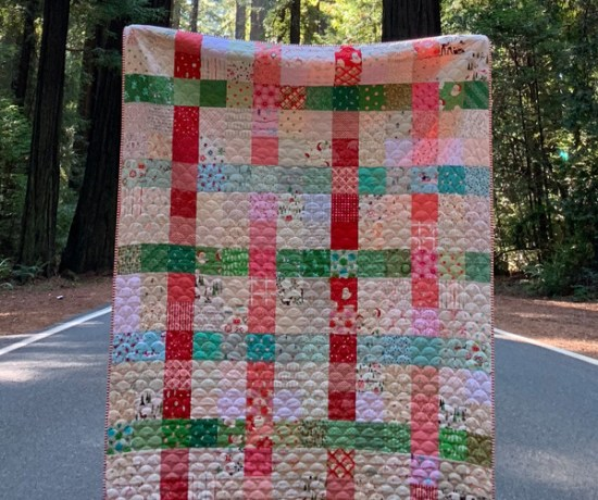 Patchwork Plaid Christmas Quilt Tutorial by Maker Valley