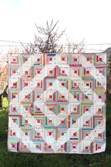 Vintage inspired Log Cabin Quilt