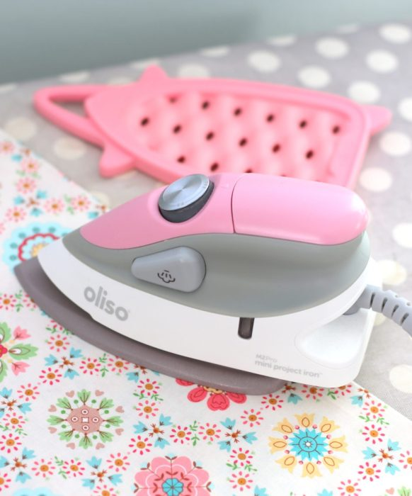 Brand New Gifts for Quilters featured by top US quilting blog, Diary of a Quilter: mini craft iron