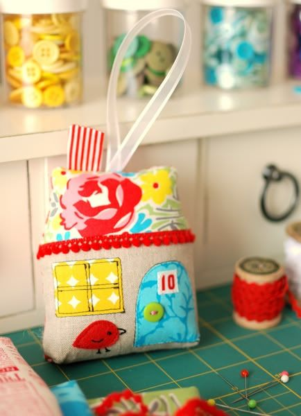 Handmade Christmas Ornament Ideas by popular Utah quilting blog, Diary of a Quilter: image of a mini quilt block ornament.