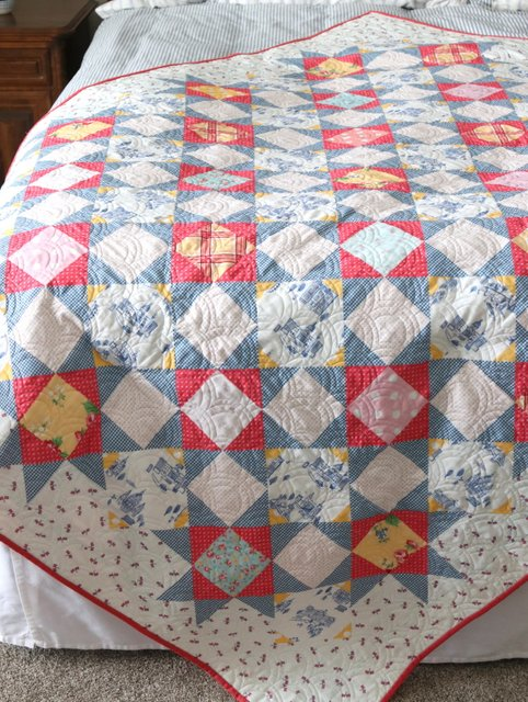 Palace Court Quilt pattern by Amy Smart