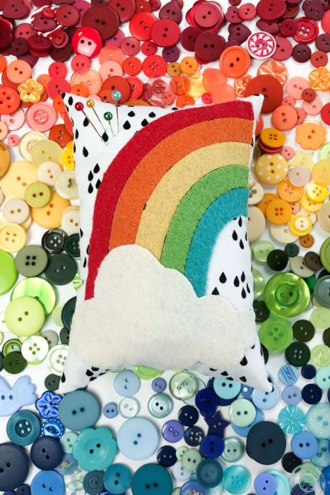 Wool-felt Rainbow Pincushion - free pattern from Ameroonie Designs