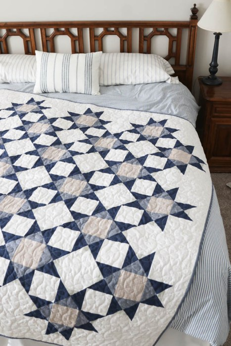 Contemporary blue and gray quilt made by Amy Smart