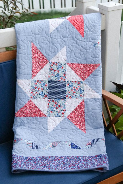 Sparkler quilt - pattern by Pat Sloan, made by Amy Smart using Liberty of London quilting cottons