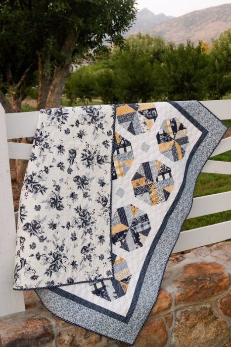 Gingham Foundry Farmhouse Quilt made by Amy Smart - Diary of a Quilter