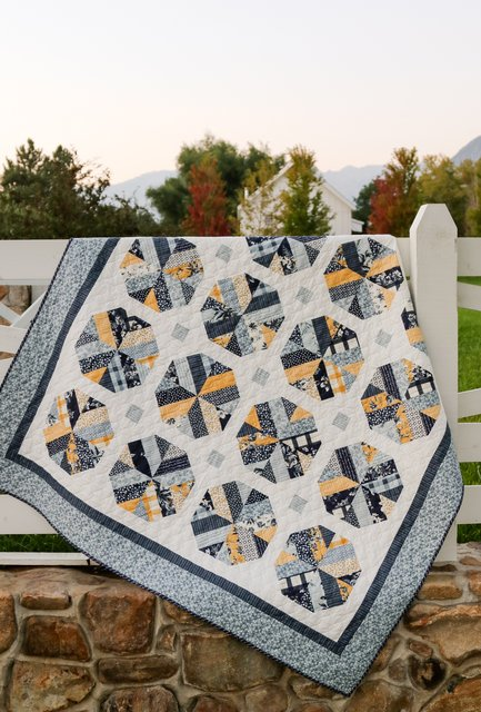 Jelly Roll Precuts quilt pattern - featuring Strip piecing