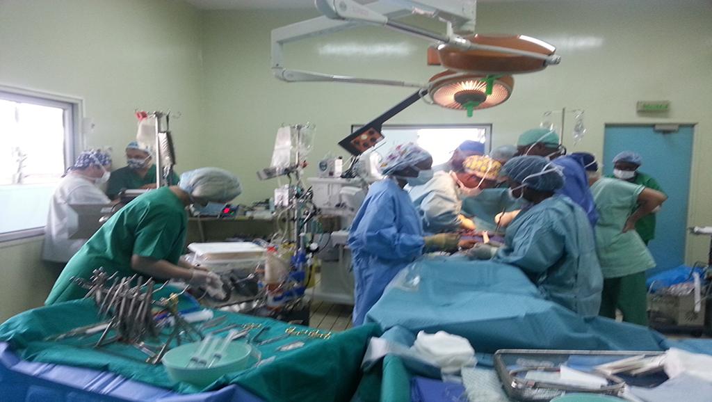 Pourquoi nos autorités préfèrent se soigner à l'étranger? : Les Sénégalais se prononcent.