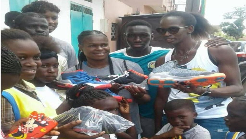DIASS/SPORT : Les basketteuses de l'équipe nationale du Sénégal ont fait un don important de «shoes» au club Diass Basket