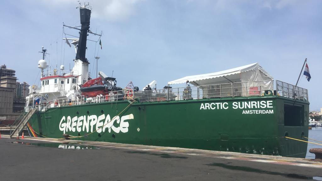 Sénégal: campagne de Greenpeace contre les usines de farine de poisson