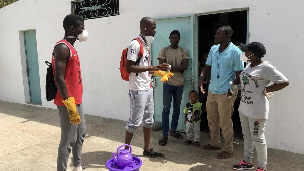 Lutte contre le coronavirus: à Dakar, des jeunes se mobilisent pour inculquer les bons gestes