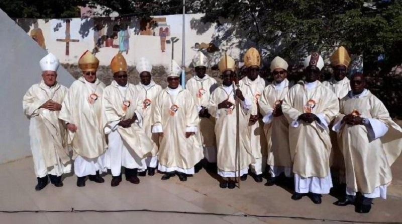 LES CATHOLIQUES SANS CULTE
