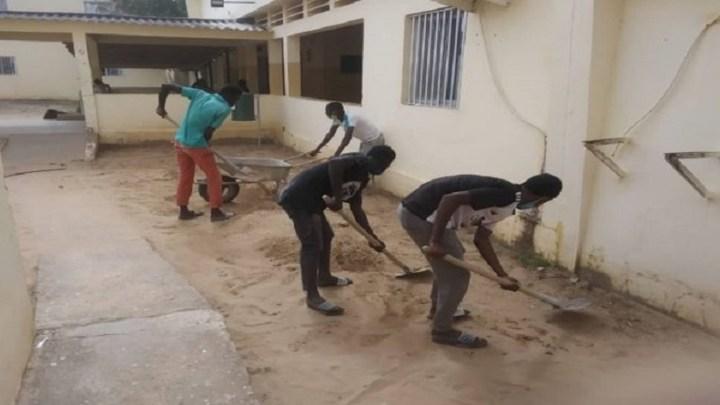 Mamadou Mbengue Guèye PCA du COSEC, ouvre un important chantier au centre de santé de Mékhé (correspondent)