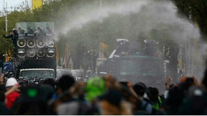 Thaïlande: un an après, le mouvement pro-démocratie de nouveau dans la rue