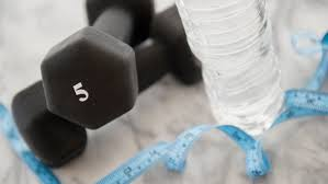 Como funciona a perda de peso com água