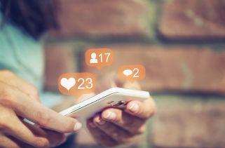 10 Maneiras Pelas Quais As Mídias Sociais Influenciam Sua Vida Diária