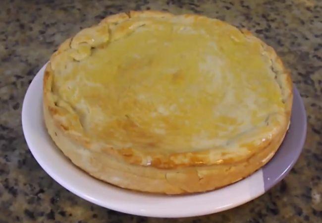 empadão de quatro queijos