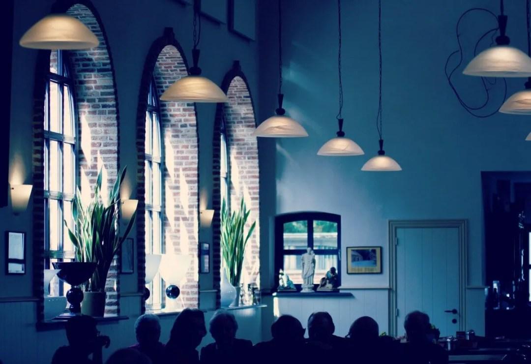 een klooster café in Belgie