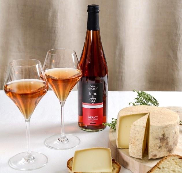 jus de raisin de cepage merlot tranquille didier goubet productions et fromage