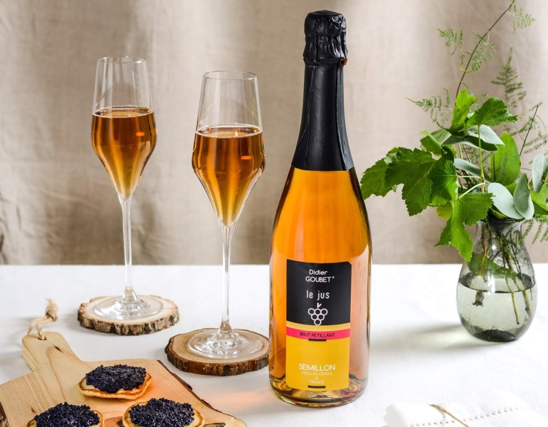 jus de raisin de cepage semillon Brut petillant BIO didier goubet production et toast festifs