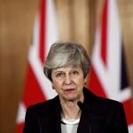PM Theresa May Didesak Mundur dan Dukungan Mengalir