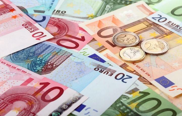 Euro Kembali Anjlok Karena Terbebani Proyeksi PDB Jerman