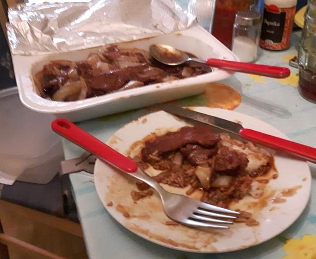Rindfleisch mit Zwiebeln
