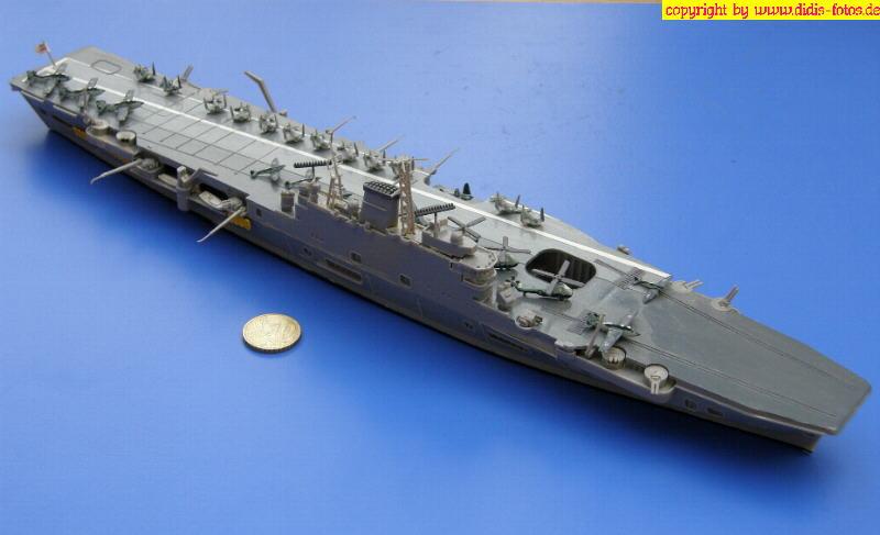 """R-05 H.M.S. """"Eagle"""" der Audacious-Klasse (Fujimi 44124)"""