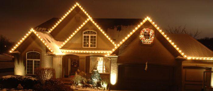 Light Of Christmas.Lights Of Christmas In Kansas City Christmas Light Hanging