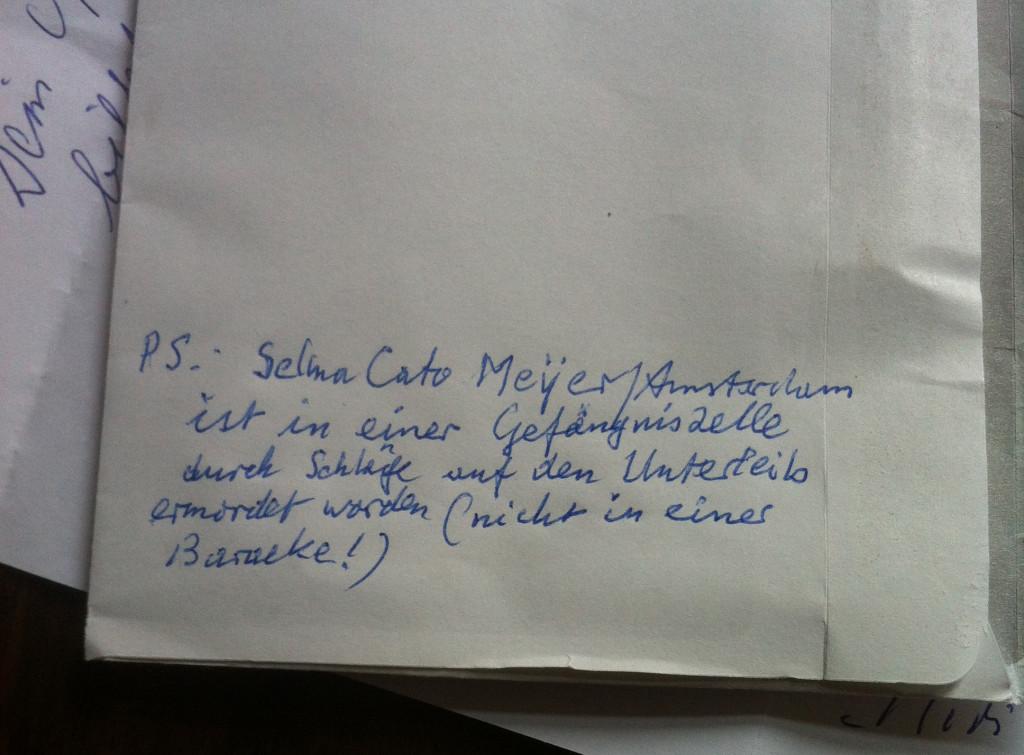 Auf dem Briefumschlag korrigiert Dietrich Hespers einen Eintrag
