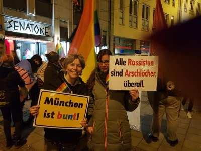 Demo gegen homo- und transphobe Gewalt.