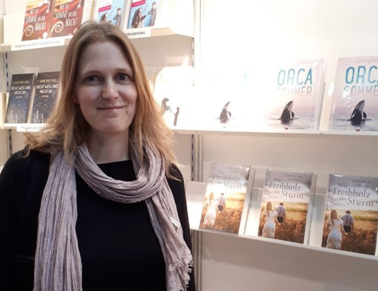 Preisträgerin Sabine Giebken am DELIA-Messestand