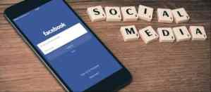 texto social media y smatphone para vender en linkedin y facebook