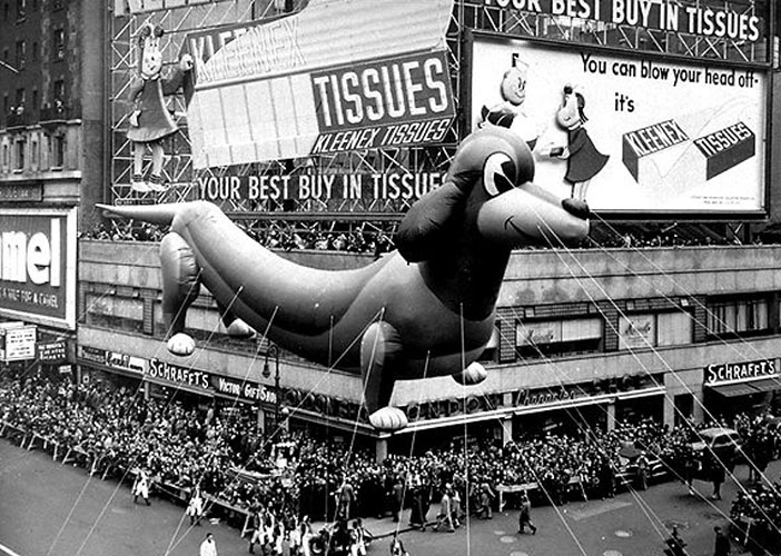 Paseo de Broadway en el desfile de Acción de Gracias en 1950