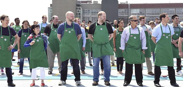 Starbucks is an al reto # GiveThem20