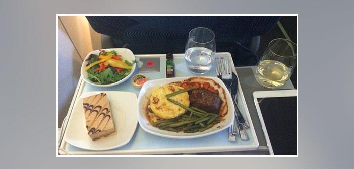 Air-Canada---Dinner-in-business-class