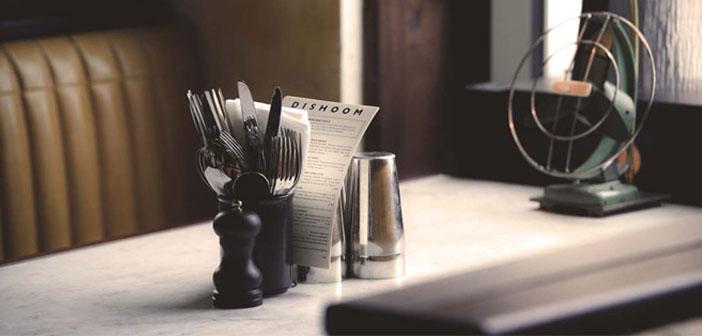 Le plus grand soin pour plus de détails dans un restaurant