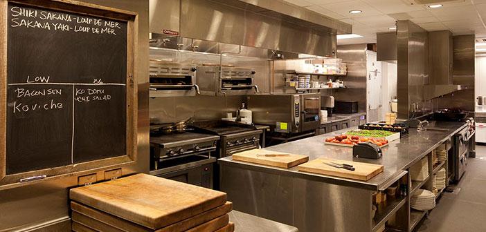 En todas las cocinas profesionales tenemos dos tipos de zonas claramente diferenciadas como son las zonas básicas, y las zonas complementarias.