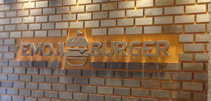 This is another healthy fast food restaurant which also bases its menu in different Emoji food.