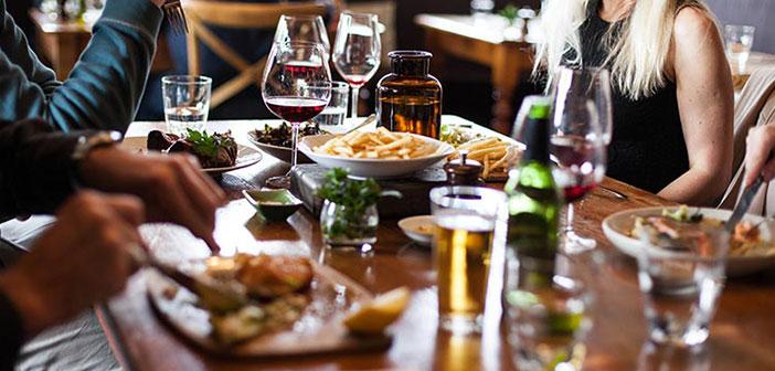 Revenue Per Available Seat Hour y cuyo significado sería algo así como las ventas de comidas conseguidas durante un período de tiempo determinado entre los asientos disponibles.
