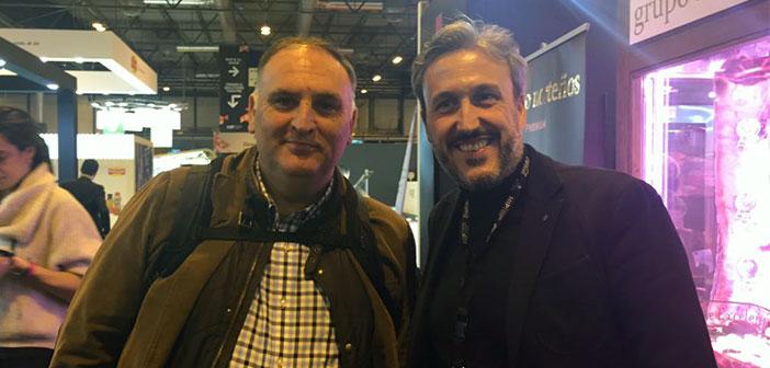 Diego Coquillat et le chef José Andrés Asturiano après cuire la conférence avec passeport américain.