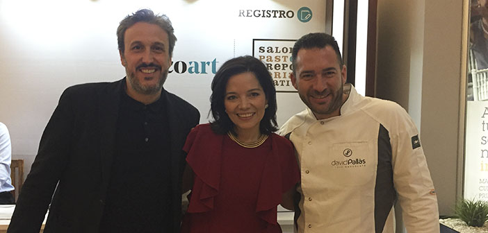 Diego Coquillat with Luisa F. Gallego organizer of the event and David Pallàs.