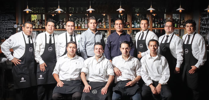 It is one of the most difficult points in the management of a restaurant. Finding a qualified service increasingly more complicated, and certainly, It is a big part of the future of the company.