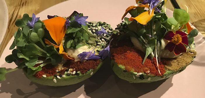 El cliente busca comida sana y saludable. Buena calidad y buen precio, lo ecológico y orgánico están de moda. Se trabaja mucho las verduras, ensaladas a selección del cliente y se separan mucho los colores. Ya no todo es verde.