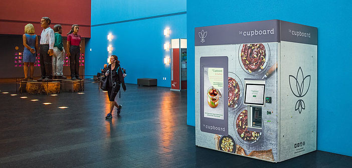 If the simple fact that opens a mobile station vegan food is practically a special event, leCupboard customers could not imagine that the company would surprise them with a much more technologically advanced approach.