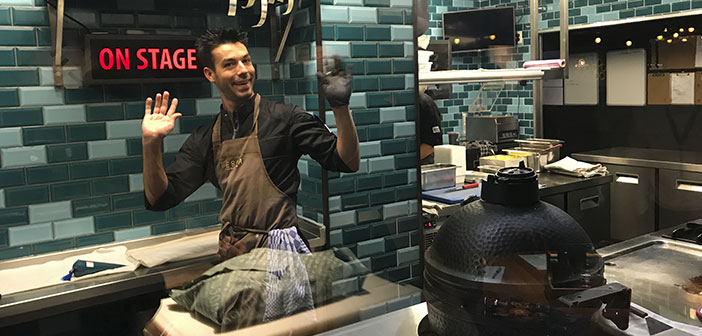 Fishing: This restaurant offers quality fish from sustainable fisheries. It is a pioneer in the Netherlands and offers a theatrical experience of this product.
